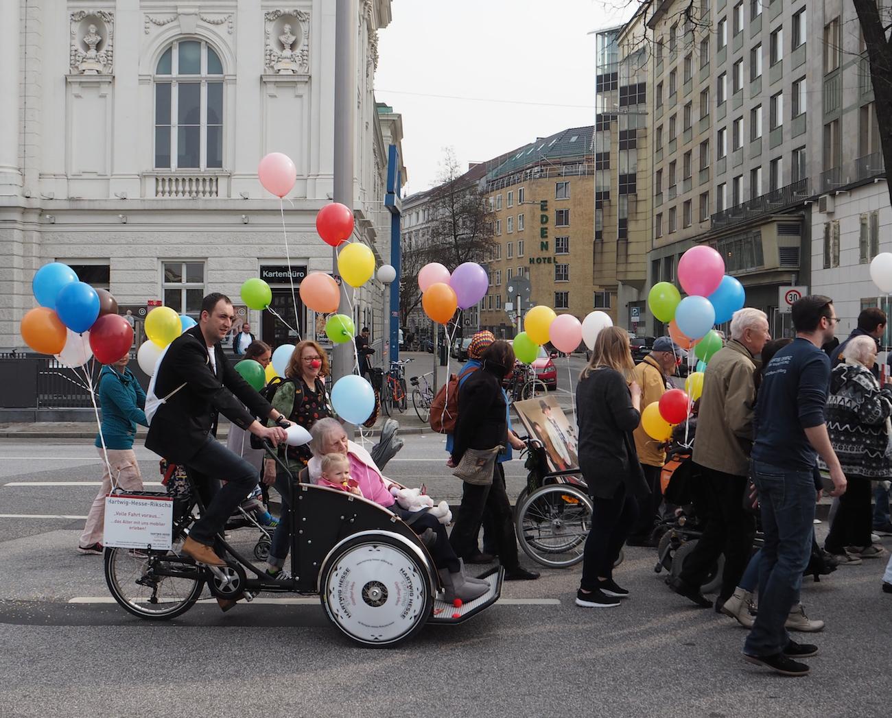 Tolle Idee: dieses Fahrrad macht Senioren mobil