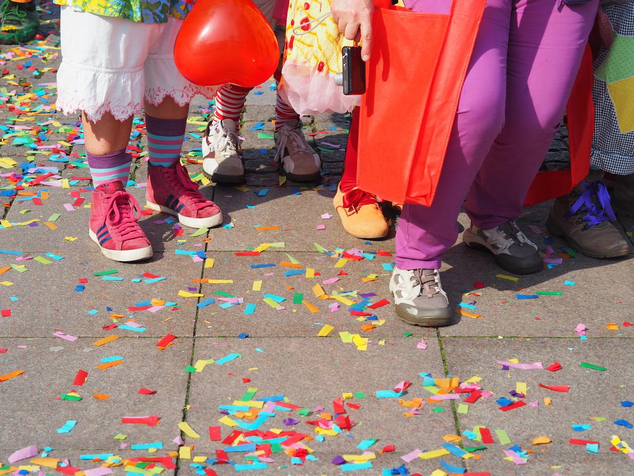 Schicke Schuhe, liebe Clowns!
