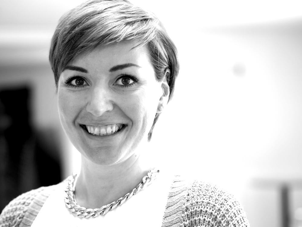 Christina Laumer: Fachpflegerin für Psychiatrie, Demenzexpertin, Praxisanleiterin, Primary Nurse, Gerontopsychiatrie (geschützte Station), Bezirksklinikum Regensburg