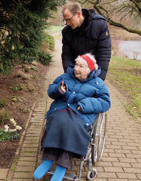 Betreuer+im+Pflegeheim