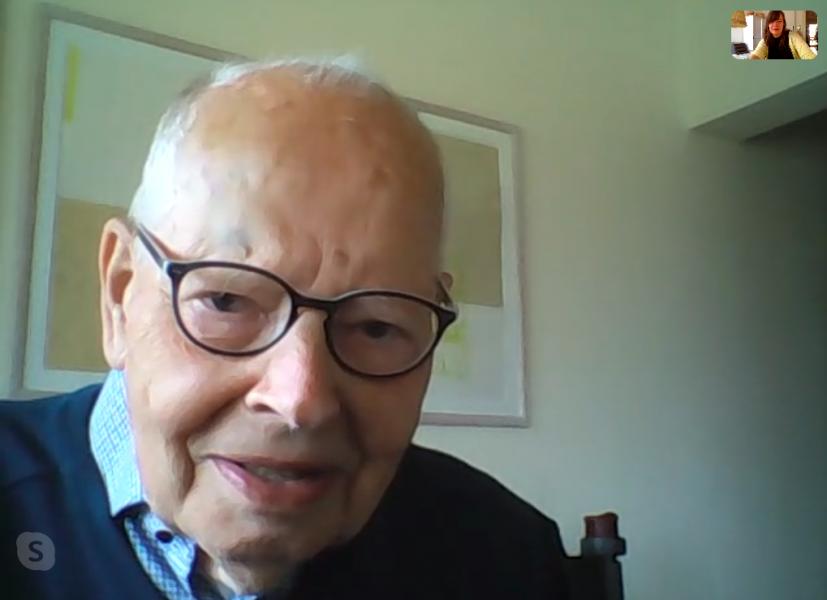 Uwe lebt im Pflegeheim und gibt Bloggerin Kati per Skype ein Interview