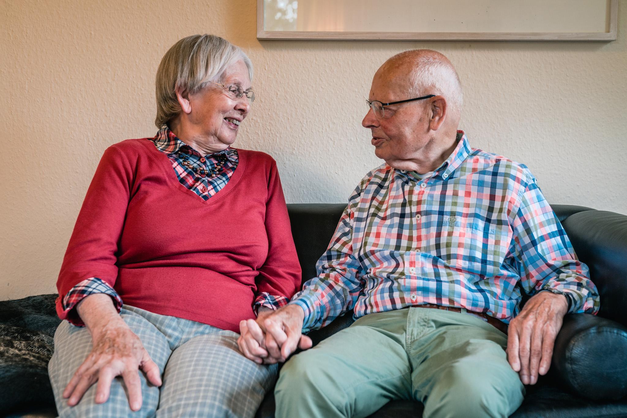 Uwe und seine Frau leben gemeinsam im Pflegeheim