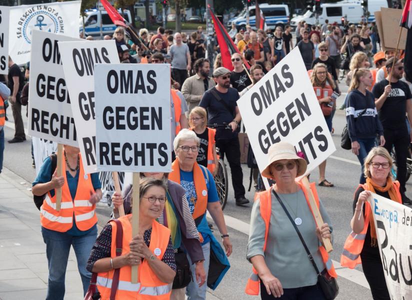 Omas gegen Rechts kati cares (c) Ernst Wilhelm Grüter